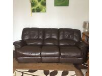 Brown leather 3seater settee both ends recline