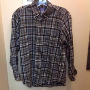 Pendleton 100% Wool Fitted Lodge Shirt (KDZGDE)