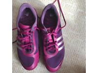 Adidas Purple womens training shoes size 8 new condition
