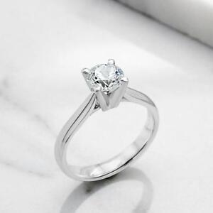 BAGUE DE FIANÇAILLES AVEC DIAMANT DE 1.40 CARAT / ENGAGEMENT RING WITH A 1.40 CARAT DIAMOND