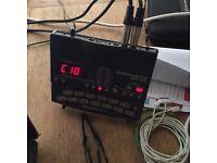 Drum machine Zoom rt123