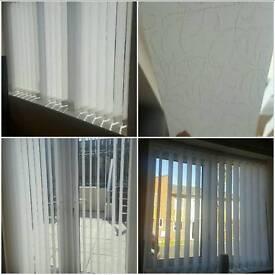 8 vertical blinds white