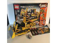Lego Technic 8275 Bulldozer - 100% Complete
