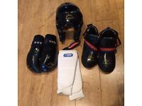 Tae Kwon Do TAGB sparring kit teenage/adult Medium TKD