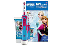 Oral-B Stages Power Kids Electric Toothbrush featuring Star Wars Characters, Gift Pack