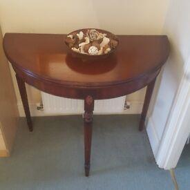Half moon coffee/card table (folding)