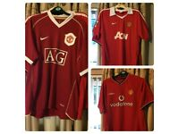 Man united shirts
