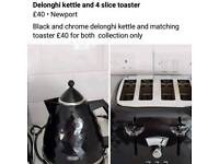 Delonghi 4 slice toaster and kettle