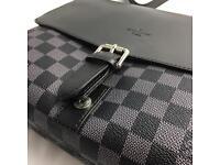 Louis Vuitton Newport messenger pm black lv