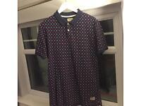 JACK WILLS - (SIZE MEDIUM) Navy Patterned Polo Shirt