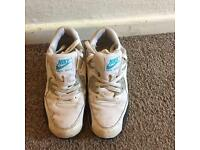 Nike air max trainers size 5