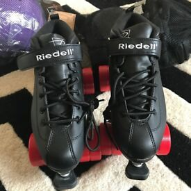 Roller Derby starter pack including Riedell Darts Skates size 6, helmet and pads NEW AND UNUSED