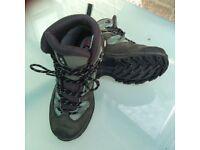 Salomon ortholite, 4D, gortex ladies walking boots, size 5.5.