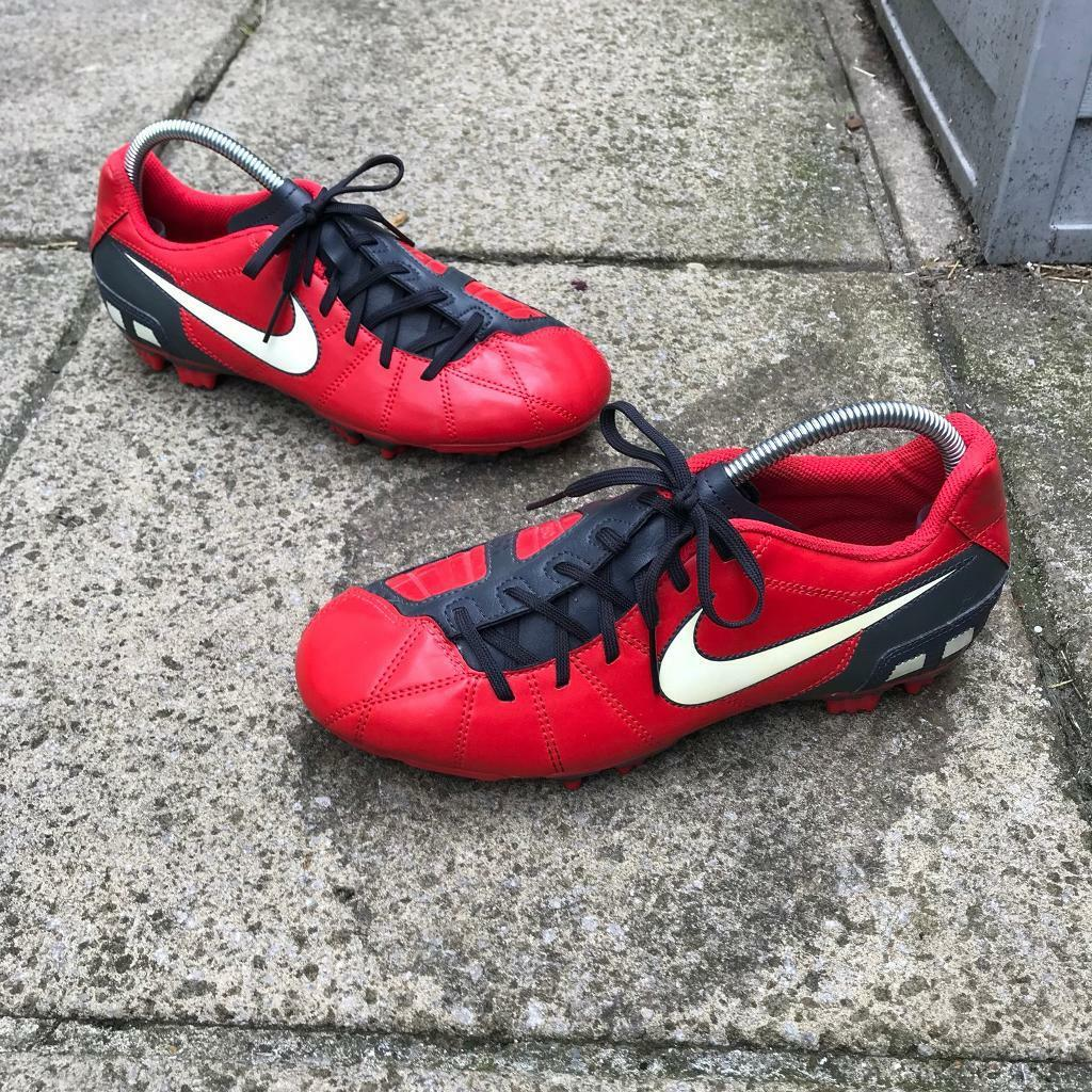 wholesale dealer b355d 01f80 Nike total 90 football boots size 5