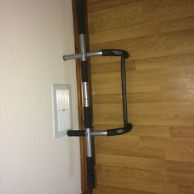 Pull up bar - for use over a door