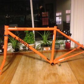 Surly Cross-check bike frame, 46cm. As new, £300