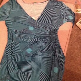 Ladies lovely flattering wrap around dress, turquoise and black, knee length, long sleeves size 10