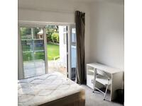 Rent Double Room available in Winchmore Hill area just off Church Street EDMONTON