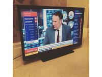 """Toshiba 32"""" LED TV Built in DVD warranty free delivery"""