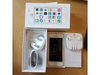 IPhone 5S Gold 64GB Unlocked to all network like NEW condition with no scratches
