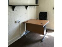 office room to let @ E2 6AH all bills inclusive bethnal green road close to city available 5 May!!