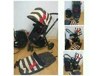 REDUCED Cosatto giggle travel system immaculate with accessories