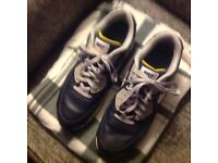 Nike air max leather trainers size 10.5