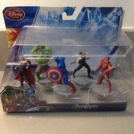 Avengers figures box set