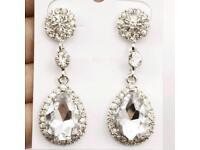 Zinc gorgeous crystal drop earrings for Ladies