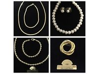 Gold plated costume jewellery - new & unworn - Job lot - 200 pcs