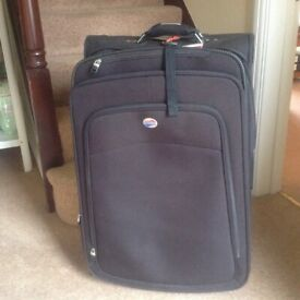 SUITCASE CABIN SIZE BLACK LEATHER AND CREAM LOOK | in