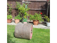 Garden Roller Cast Iron heavy for level of ground