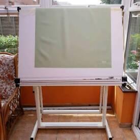 Free! Artist's Board