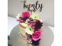 Bespoke cakes and desserts for parties and weddings!