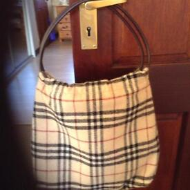 Burberry Tote Bag. Authentic .