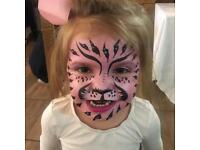 Face Painter, Balloon modeller / painting, Balloon Modelling, Mascots, glitter bar & bubble machine