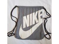 Nike Heritage Gym Sack Drawstring Grey Bag Mens Womens Unisex Sports