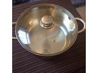 Large cooking pan
