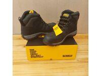 De walt safety boots.