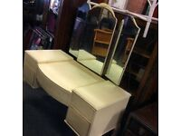 French style queen Ann dressing table