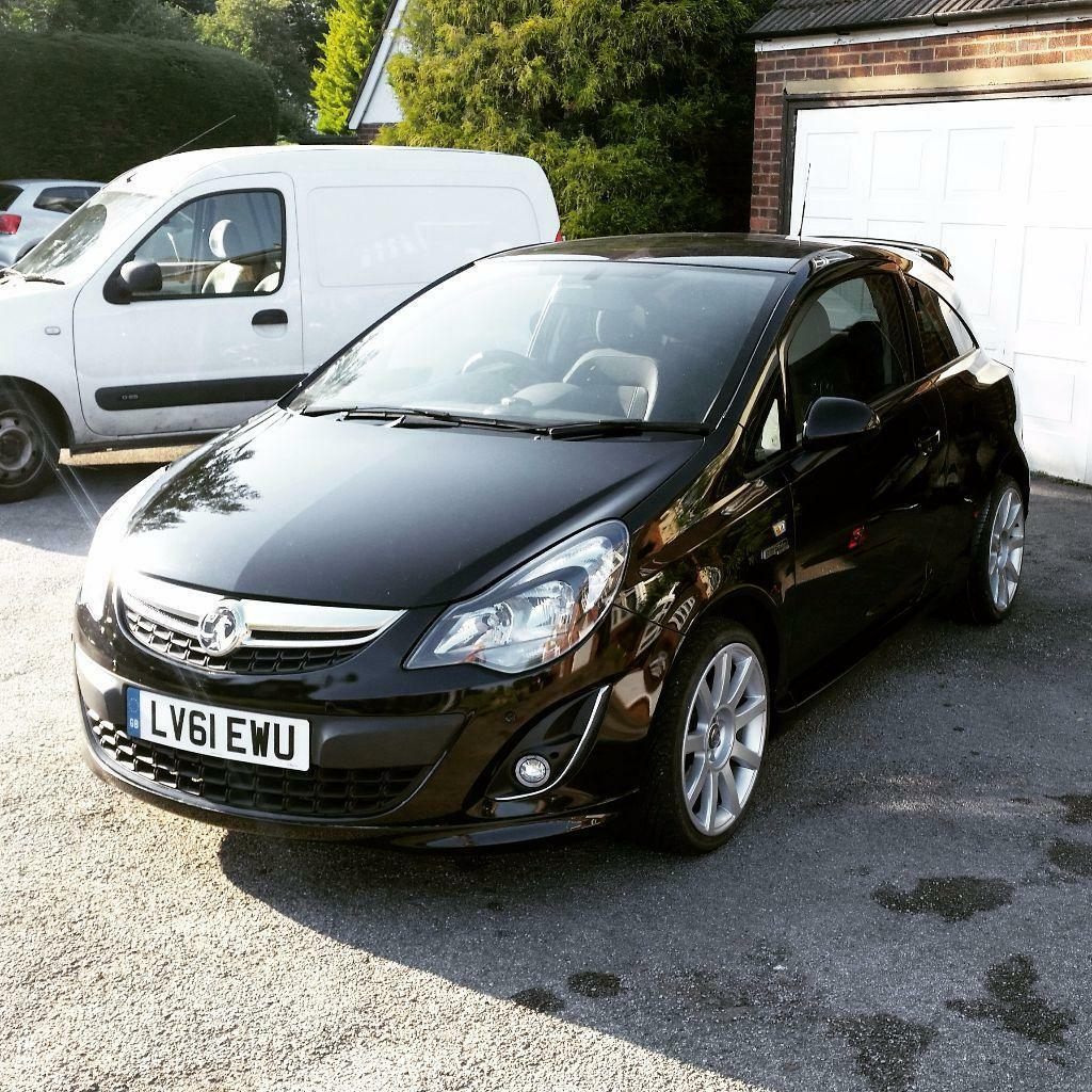 Vauxhall Corsa 1.2i Excite LIMITED EDITION B&W