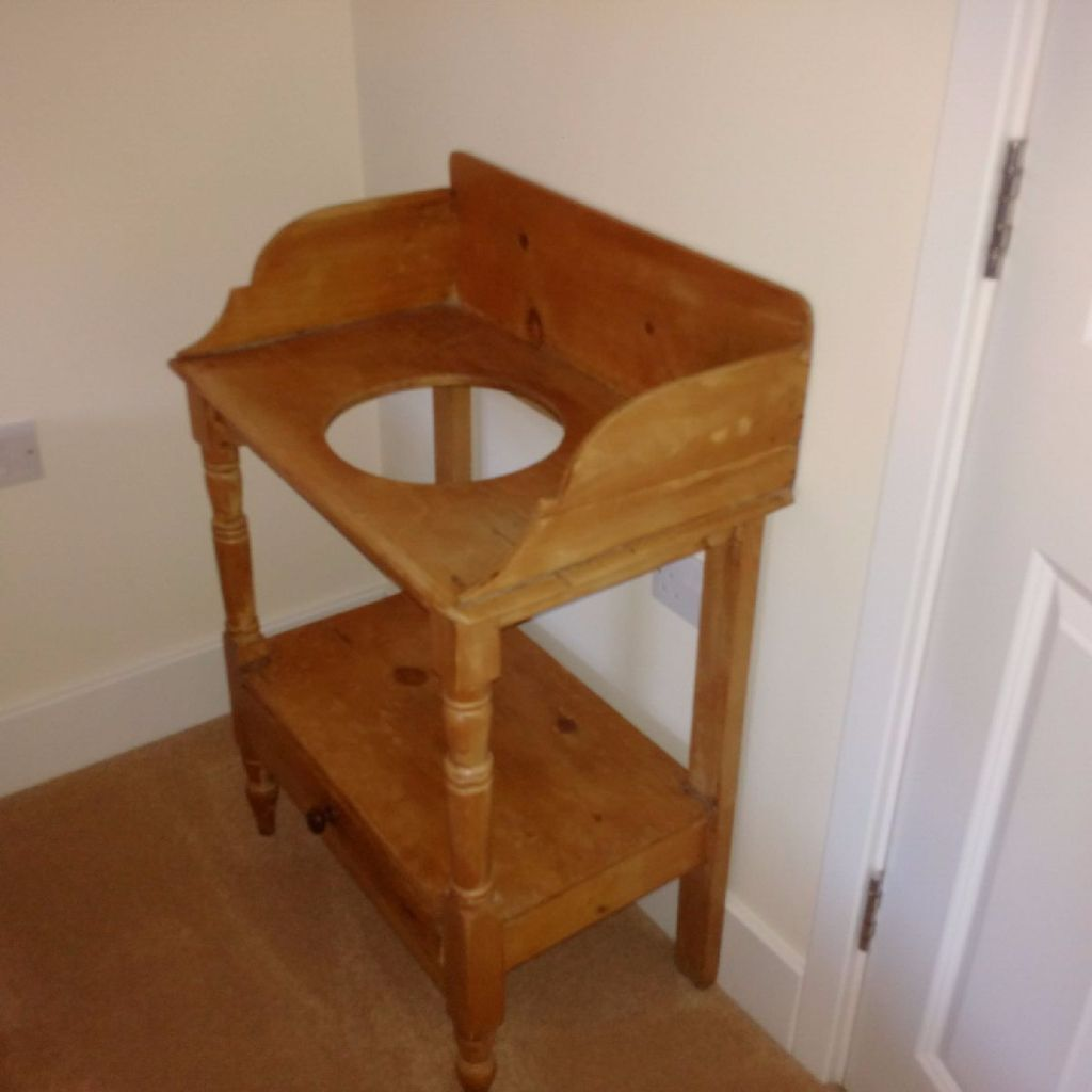 Antique Pine Wash Stand In Sherfield On Loddon