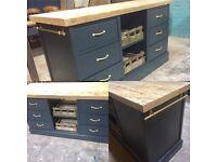 Freestanding kitchen island 6 deep drawers & 2 Apple crate trays