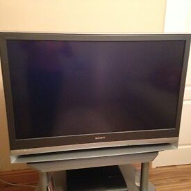 """SONY BRAVIA 42"""" LCD PROJECTION TV IN IMMACULATE CONDITION"""