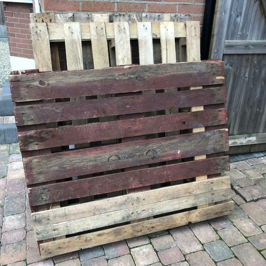 10 x wood pallets free for collection   in Poole, Dorset ...