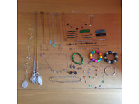 Collection of women's jewellery