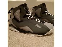 Nike Air Jordan VI Retro - Brand New Size 9.5 ***From USA - Very Rare***