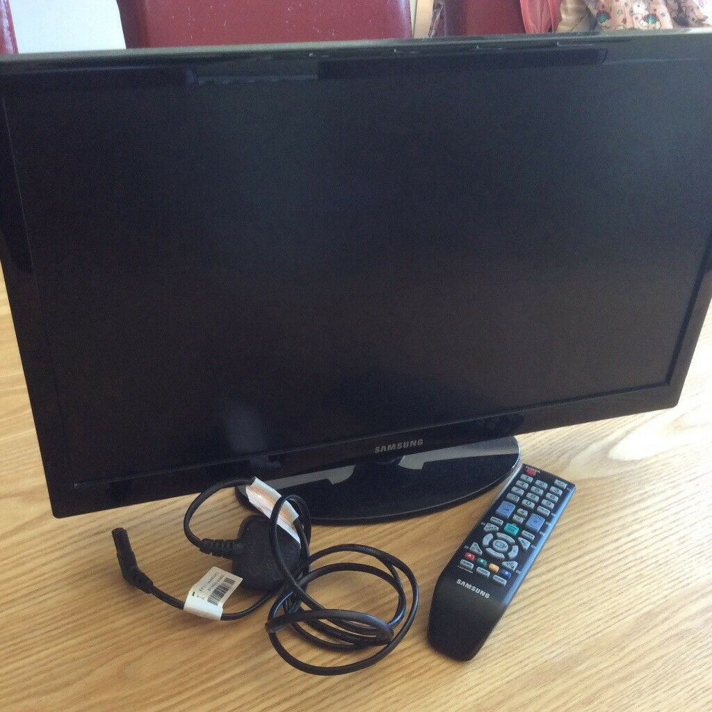 "Samsung 22""HDTV Digital with freeview"