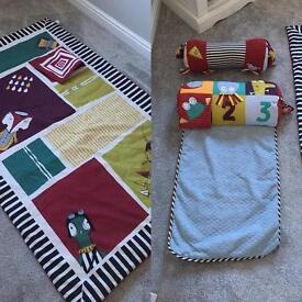 Mammas and papas floor play set
