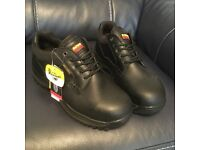 Dr martens work safety shoes size 9